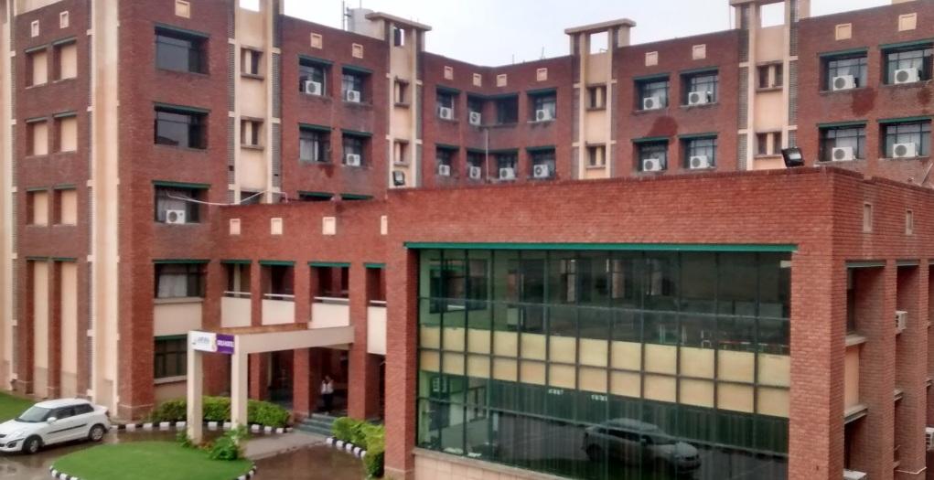 Jaipuria Institute of Management, (JIM) Noida – PaGaLGuY